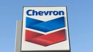 Oil Stocks to Buy for the Long Term: Chevron Corporation (CVX)