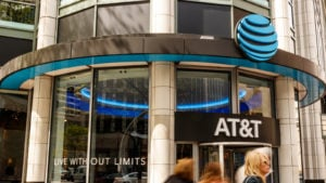 Great Dividend Stocks: AT&T (T)