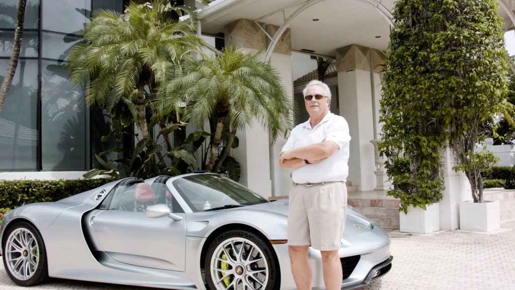 "MAN WHO BEAT INVESTING GREATS: ""THIS IS THE 1 STOCK ALL RETIREES MUST OWN."""