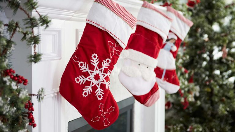 tech stocks - 7 Tech Stocks to Stuff Your Stocking With