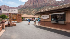 Zions Earnings: ZION Stock Dips 1% on Q1 Miss