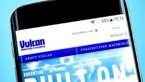 The Vulcan Materials (VMC) website is displayed on a smartphone screen.