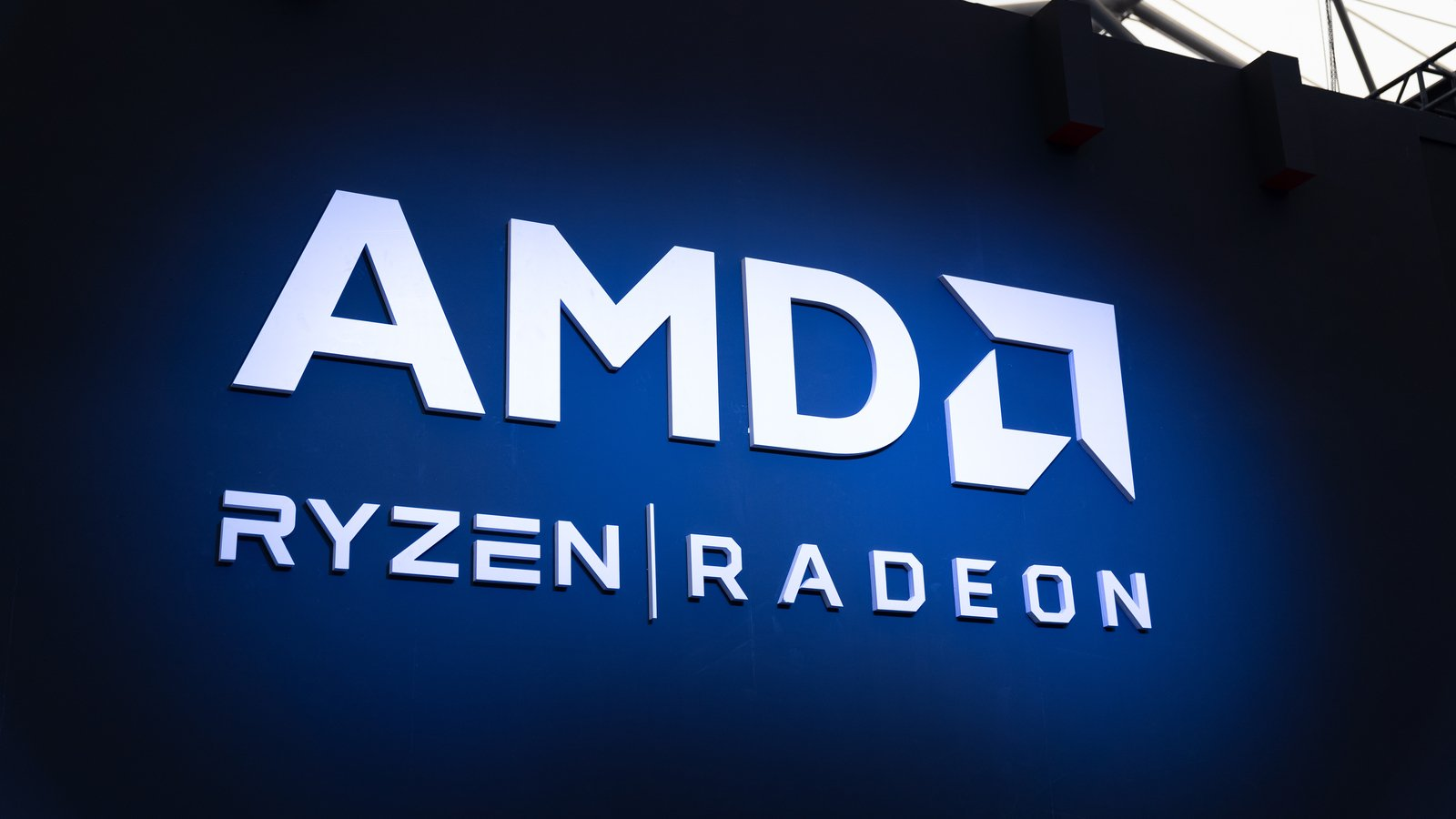 Advanced Micro Devices Is Crushing It So Stick With Amd Stock Investorplace