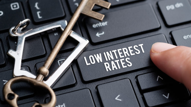 interest rates - 5 Stocks to Buy for Low Interest Rates