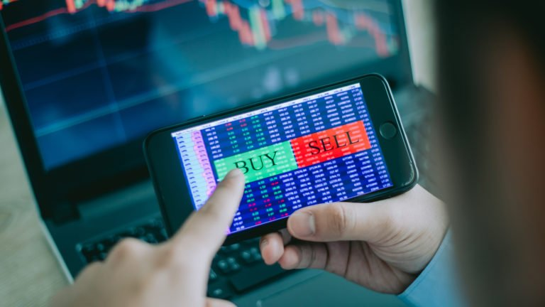 best stocks to buy - The 12 Best Stocks to Buy for a Whole New Year of Returns in 2021