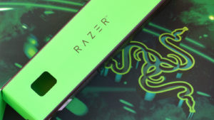 Razer Goliathus Speed Gaming green mouse pad and box with logo