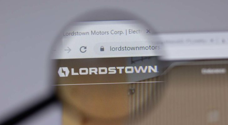 A magnifying glass zooms in on the website for Lordstown Motors (RIDE).