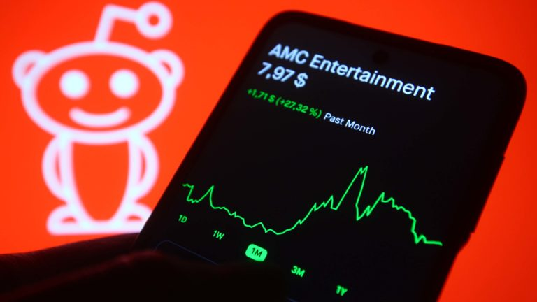 the next AMC - BBBY, EXPR, BBW, KOSS, BB: Could These 5 Reddit Faves Become the Next AMC Stock?