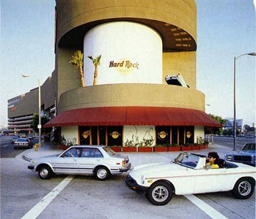 A photo of the Los Angeles Hard Rock Cafe from around the 1980s.